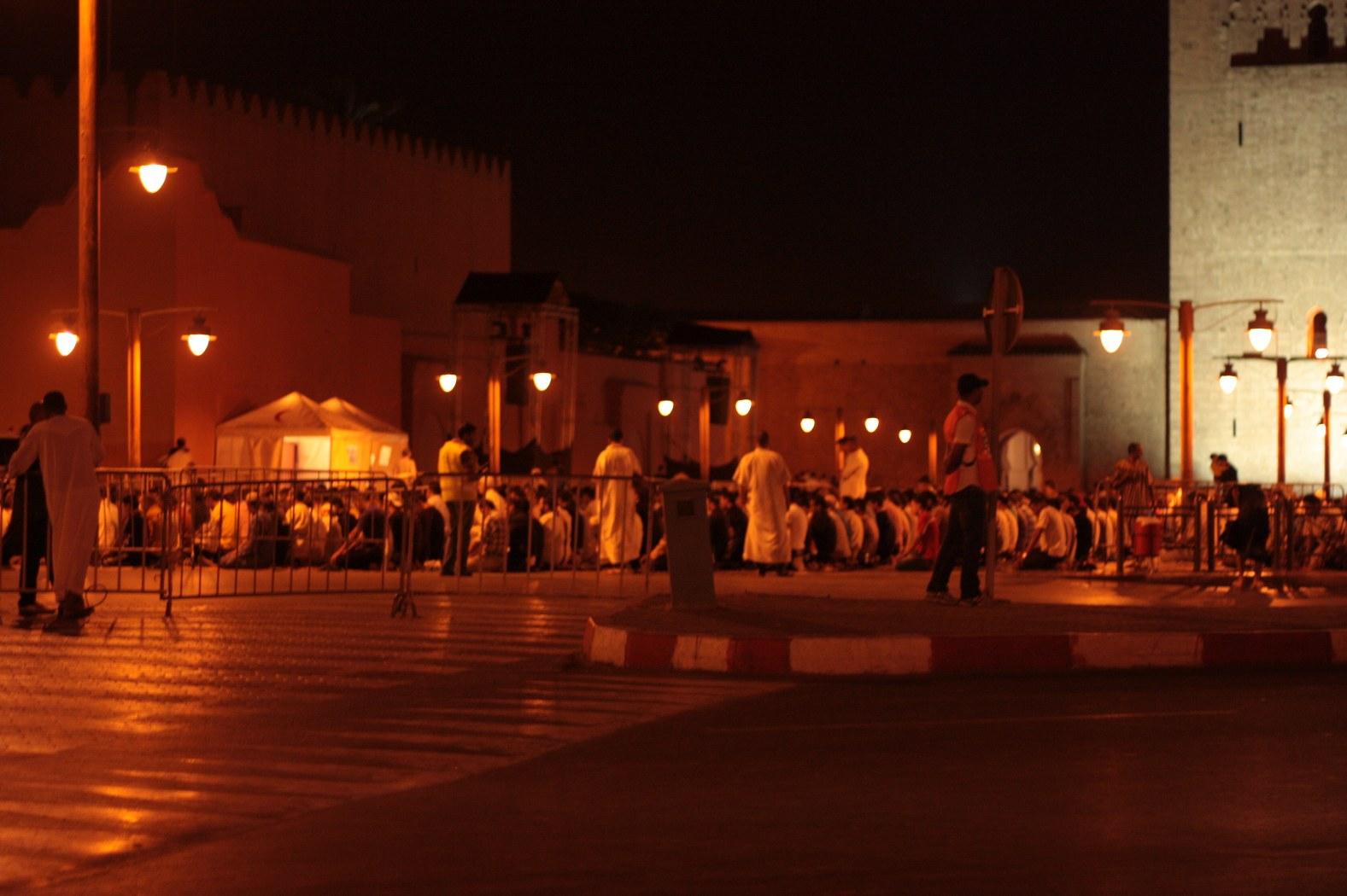 ramadan, muslims, pray, morocco, marrakech