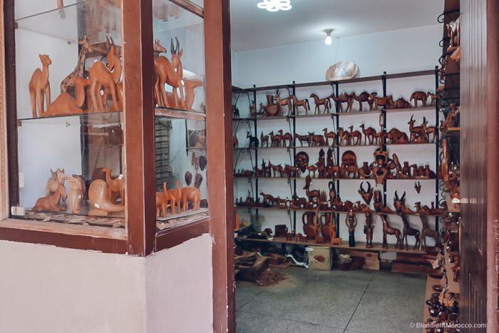 Ensemble Artisanal leather morocco wood