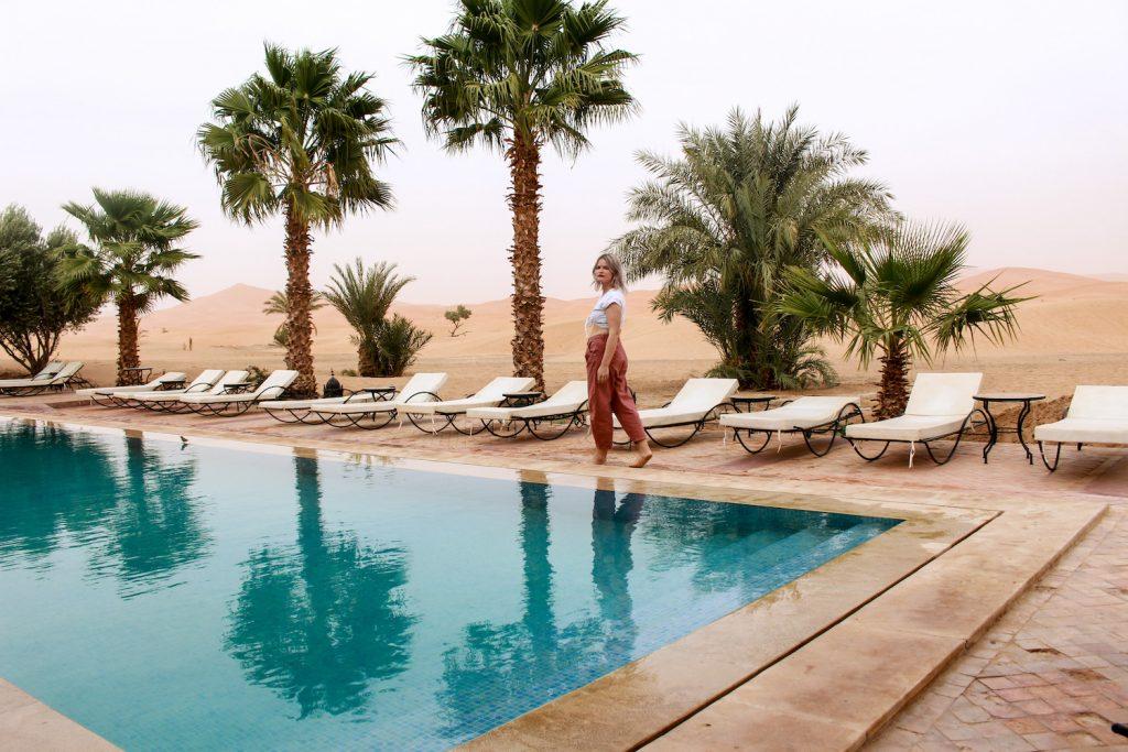 Hotel Kanz Erremal sahara merzouga hotel swimmingpool
